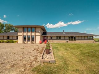 Photo 3: For Sale: 28224 Hwy 505, Rural Pincher Creek No. 9, M.D. of, T0K 1W0 - A1122504