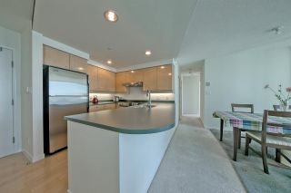 Photo 11: 1806 1009 EXPO Boulevard in Vancouver: Yaletown Condo for sale (Vancouver West)  : MLS®# R2591723