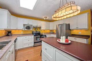 Photo 3: A 660 Bunting Pl in : CV Comox (Town of) Half Duplex for sale (Comox Valley)  : MLS®# 886984