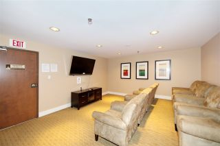 "Photo 4: 701 610 VICTORIA Street in New Westminster: Downtown NW Condo for sale in ""THE POINT"" : MLS®# R2392846"