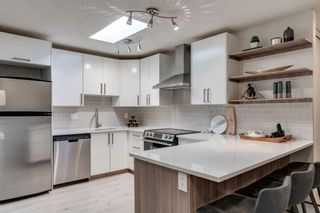 Photo 2: 403 2114 17 Street SW in Calgary: Bankview Apartment for sale : MLS®# A1146492