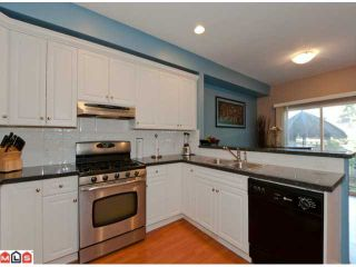 Photo 2: 10 14453 72ND Avenue in Surrey: East Newton Townhouse for sale : MLS®# F1220344