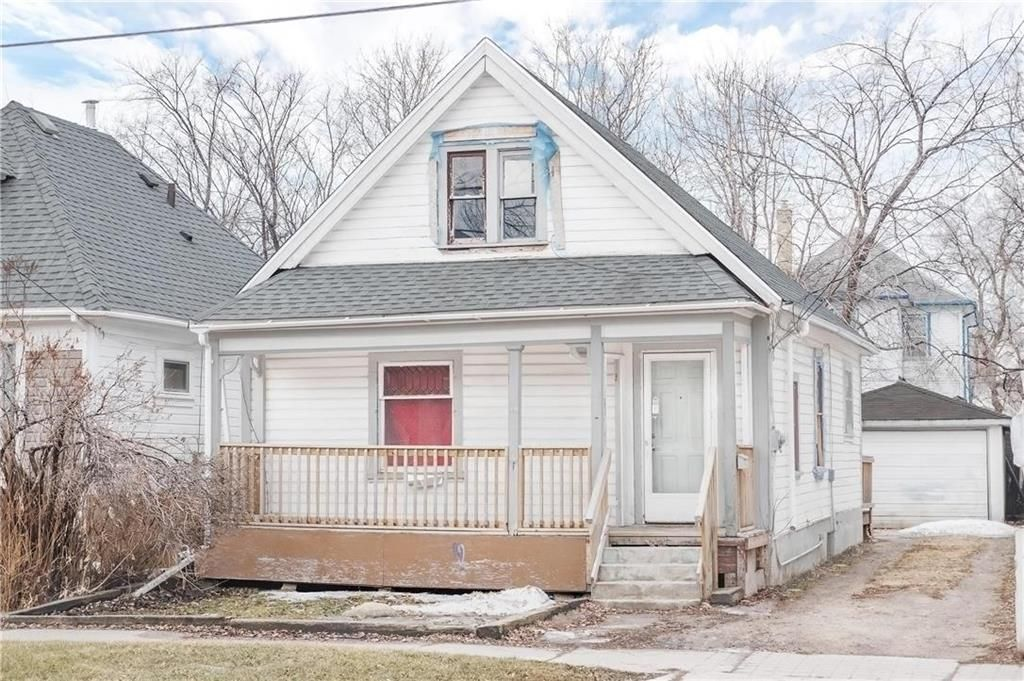 Main Photo: 368 Aberdeen Avenue in Winnipeg: North End Residential for sale (4A)  : MLS®# 202106046