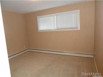 Photo 7: Photos: 7 1811 8th Avenue North in Regina: Cityview Residential for sale : MLS®# SK859746