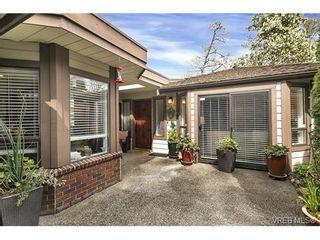 Photo 1: 4641 Lochside Dr in VICTORIA: SE Broadmead Half Duplex for sale (Saanich East)  : MLS®# 750389
