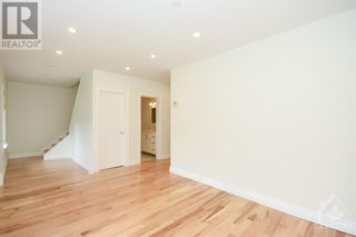 Photo 7: 10 CASSIDY ROAD in Ottawa: House for sale : MLS®# 1251166