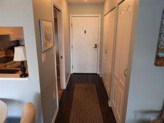 """Photo 5: 503 15111 RUSSELL Avenue: White Rock Condo for sale in """"Pacific Terrace"""" (South Surrey White Rock)  : MLS®# R2576194"""