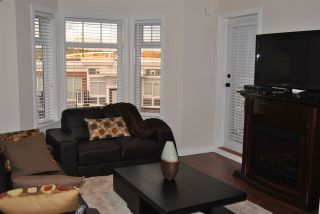 """Photo 3: 406 5650 201A Street in Langley: Langley City Condo for sale in """"PADDINGTON STATION"""" : MLS®# R2094602"""