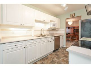 "Photo 11: 310 16085 83 Avenue in Surrey: Fleetwood Tynehead Condo for sale in ""Fairfield House"" : MLS®# F1442626"
