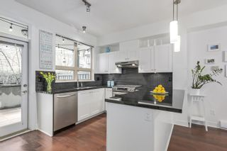 """Photo 10: 764 E 29TH Avenue in Vancouver: Fraser VE Townhouse for sale in """"CENTURY- THE SIGNATURE COLLECTION"""" (Vancouver East)  : MLS®# R2243463"""