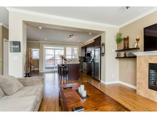 "Photo 5: 37 7168 179 Street in Surrey: Cloverdale BC Townhouse for sale in ""OVATION"" (Cloverdale)  : MLS®# R2081705"