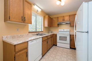 Photo 7: 9865 157 Street in Surrey: Guildford House for sale (North Surrey)  : MLS®# R2348553