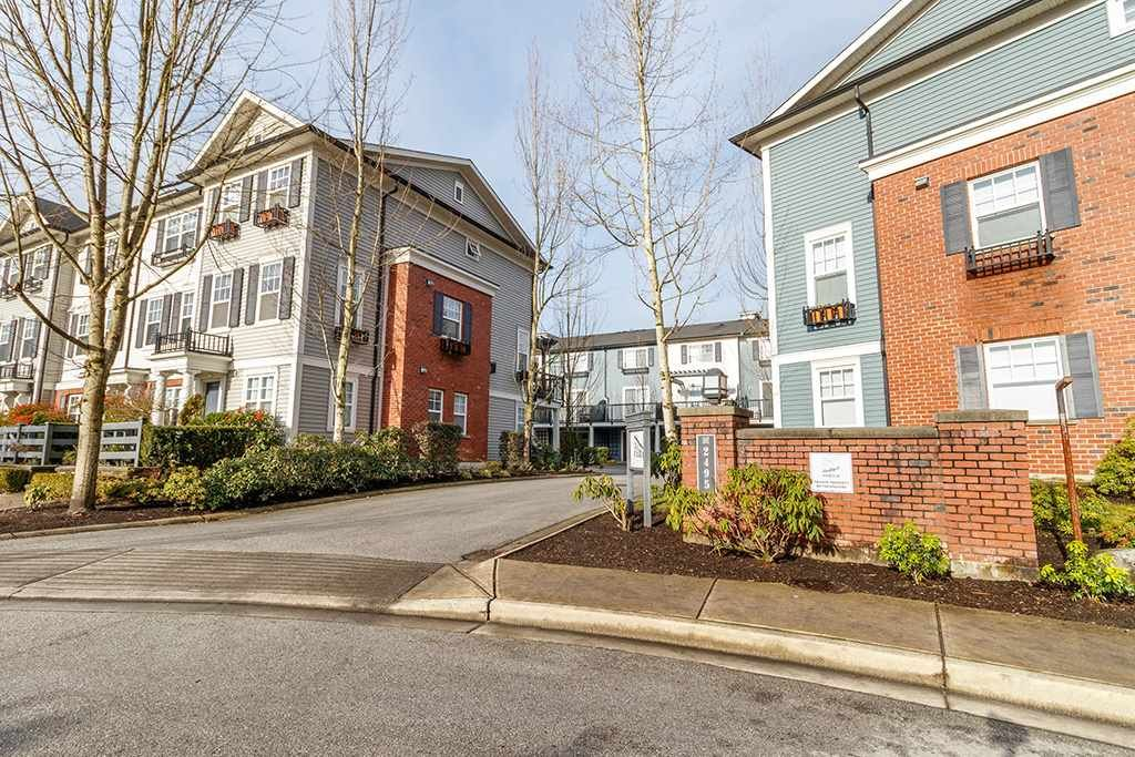 """Main Photo: 14 2495 DAVIES Avenue in Port Coquitlam: Central Pt Coquitlam Townhouse for sale in """"ARBOUR"""" : MLS®# R2331337"""