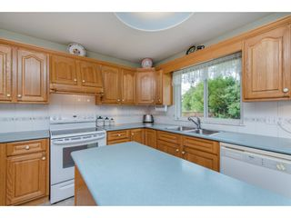 Photo 12: 21093 43 Avenue in Langley: Brookswood Langley House for sale : MLS®# R2088477