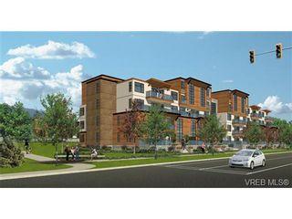 Photo 2: 304 4000 Shelbourne St in VICTORIA: SE Mt Doug Condo for sale (Saanich East)  : MLS®# 692693