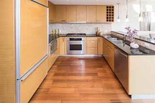 """Photo 2: 501 1985 ALBERNI Street in Vancouver: West End VW Condo for sale in """"LAGUNA PARKSIDE MANSIONS"""" (Vancouver West)  : MLS®# R2561385"""