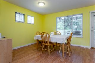 """Photo 10: 93 12711 64 Avenue in Surrey: West Newton Townhouse for sale in """"Palette On The Park"""" : MLS®# R2342430"""