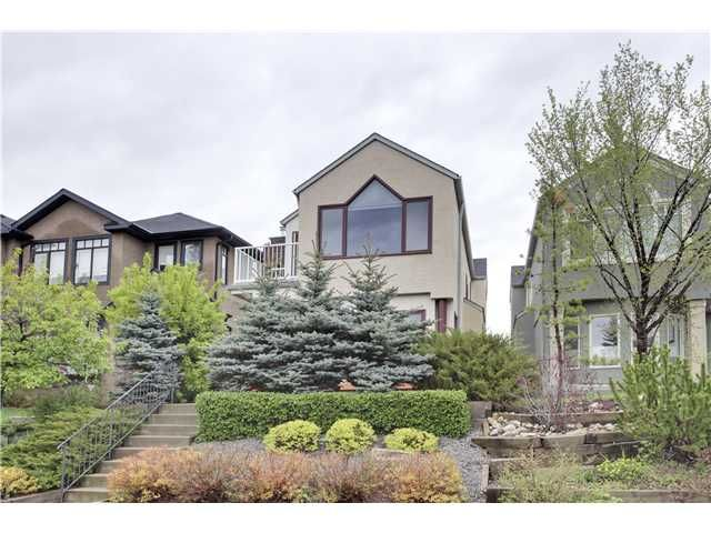 Main Photo: 434 16 Street NW in CALGARY: Hillhurst Residential Detached Single Family for sale (Calgary)  : MLS®# C3618743
