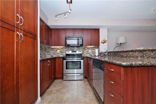 Photo 10: 812 340 W Watson Street in Whitby: Port Whitby Condo for sale : MLS®# E3365946
