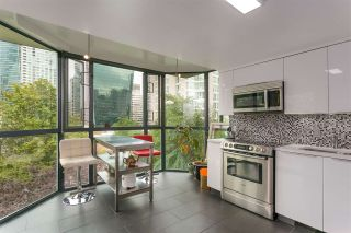 """Photo 7: 504 1132 HARO Street in Vancouver: West End VW Condo for sale in """"THE REGENT"""" (Vancouver West)  : MLS®# R2237242"""