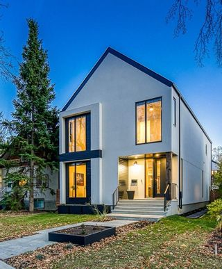 Photo 1: 10925 UNIVERSITY Avenue in Edmonton: Zone 15 House for sale : MLS®# E4266450