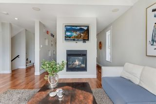 Photo 3: 2094 Longspur Dr in : La Bear Mountain House for sale (Langford)  : MLS®# 872677