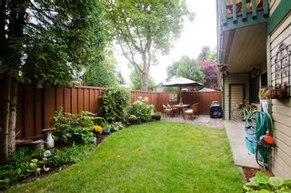 """Photo 10: 11712 KINGSBRIDGE Drive in Richmond: Ironwood Townhouse for sale in """"KINGSWOOD DOWNES"""" : MLS®# V968100"""