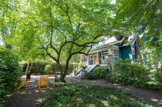 Photo 1: 2351 W 37TH Avenue in Vancouver: Quilchena House for sale (Vancouver West)  : MLS®# R2475368