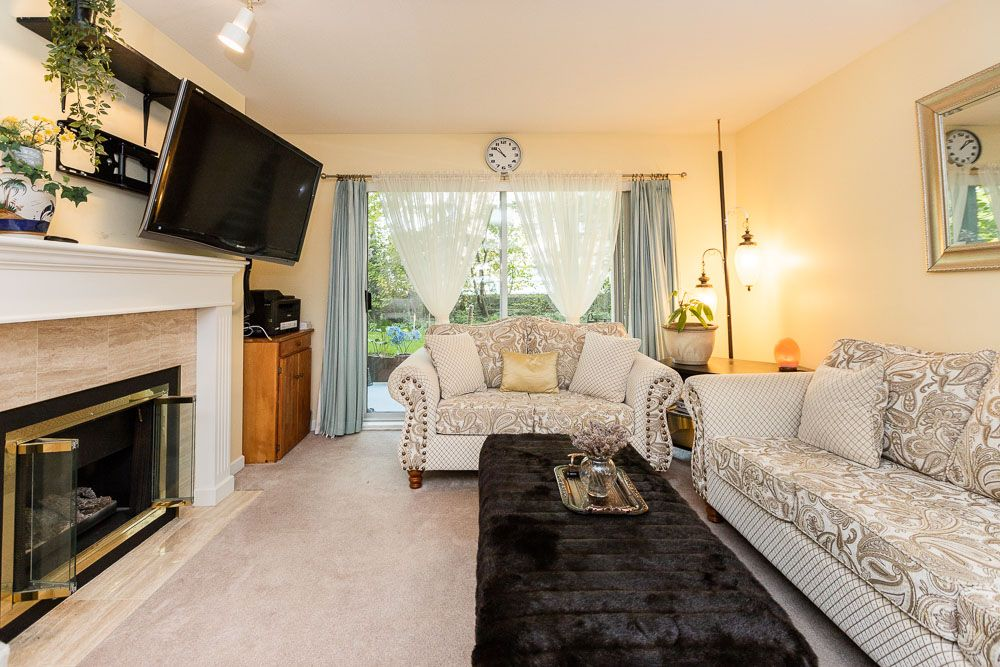 Photo 9: Photos: 110 11601 227 Street in Maple Ridge: East Central Condo for sale : MLS®# R2504284