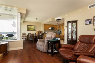Photo 10: 1306 15152 RUSSELL AVENUE: White Rock Condo for sale (South Surrey White Rock)  : MLS®# R2377952