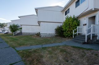 Photo 3: 46 400 Robron Rd in : CR Campbell River Central Row/Townhouse for sale (Campbell River)  : MLS®# 886176