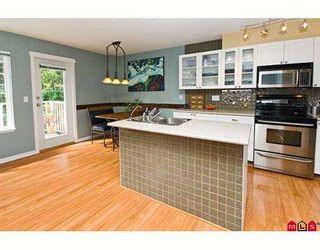 """Photo 4: 34 12711 64TH Avenue in Surrey: West Newton Townhouse for sale in """"PALETTE ON THE PARK"""" : MLS®# F2722983"""