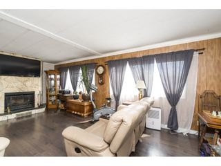 """Photo 4: 110 3665 244 Street in Langley: Otter District Manufactured Home for sale in """"Langley Grove Estates"""" : MLS®# R2383716"""