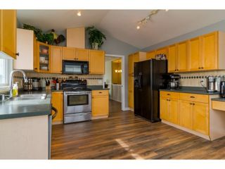 Photo 7: 7982 TOPPER DRIVE in Mission: Mission BC House for sale : MLS®# R2042980