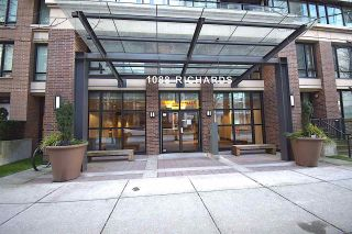 "Photo 3: 1002 1088 RICHARDS Street in Vancouver: Yaletown Condo for sale in ""RICHARDS LIVING"" (Vancouver West)  : MLS®# R2541305"