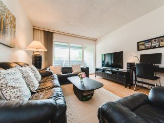 """Photo 3: 129 3451 SPRINGFIELD Drive in Richmond: Steveston North Condo for sale in """"Imperial by the Sea/ Admiral Court"""" : MLS®# R2285548"""