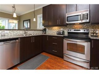 Photo 2: 962 Tayberry Terr in VICTORIA: La Happy Valley House for sale (Langford)  : MLS®# 681383