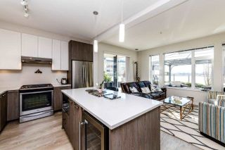 Photo 6: 212 123 W 1ST Street in North Vancouver: Lower Lonsdale Condo for sale : MLS®# R2349448