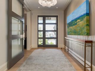 Photo 2: 46 ASPEN RIDGE Square SW in Calgary: Aspen Woods House for sale : MLS®# C4124183
