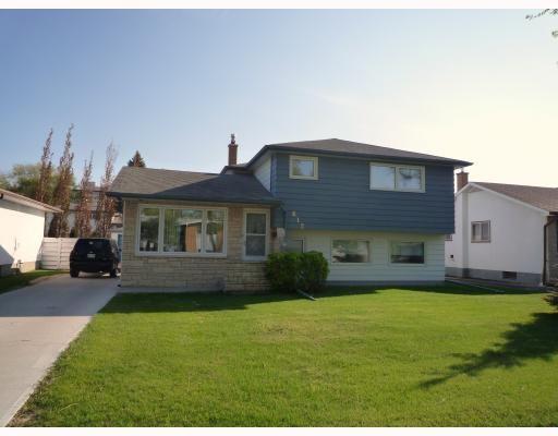 Main Photo: 612 HARTFORD Avenue in WINNIPEG: West Kildonan / Garden City Residential for sale (North West Winnipeg)  : MLS®# 2909689
