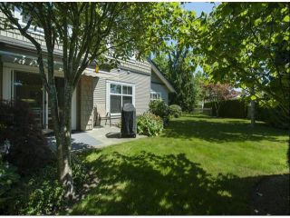 """Photo 18: 1 14877 33RD Avenue in Surrey: King George Corridor Townhouse for sale in """"SANDHURST"""" (South Surrey White Rock)  : MLS®# F1402947"""