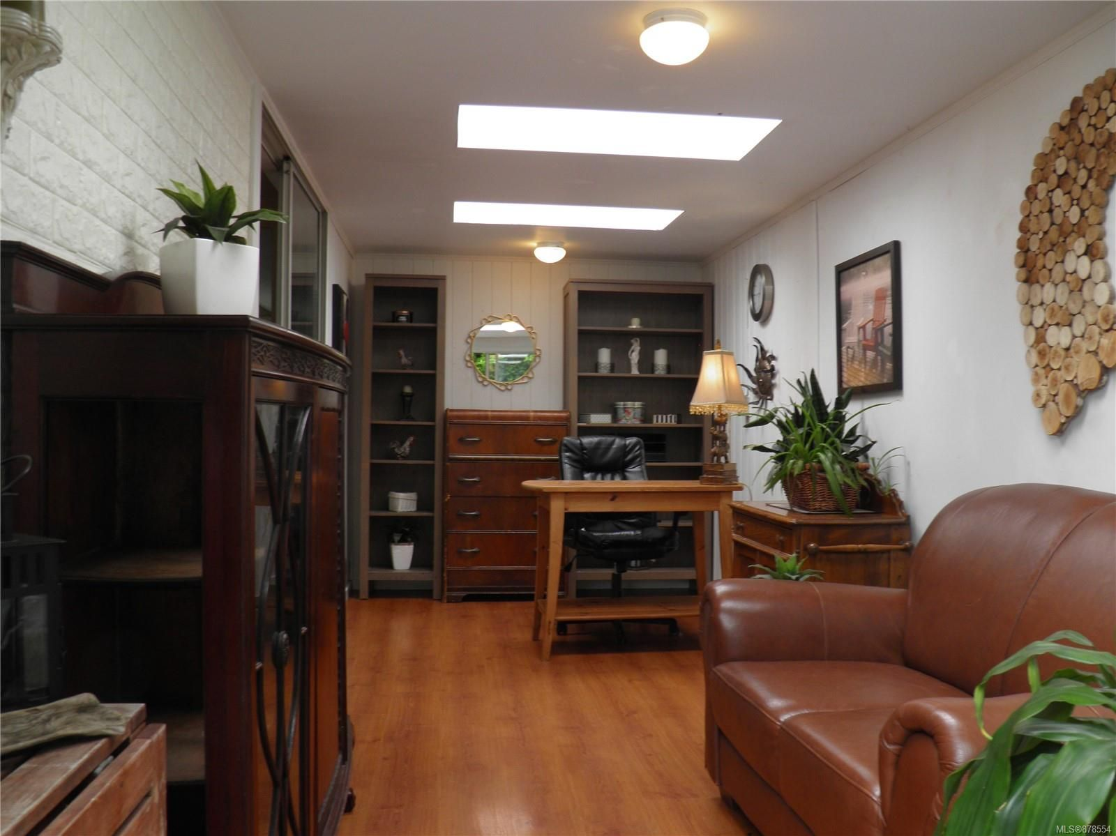 Photo 12: Photos: 56 390 Cowichan Ave in : CV Courtenay East Manufactured Home for sale (Comox Valley)  : MLS®# 878554