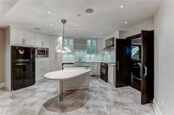 Photo 5: 62 Thorncrest Road in Toronto: Princess-Rosethorn Freehold for sale (Toronto W08)  : MLS®# W3605308