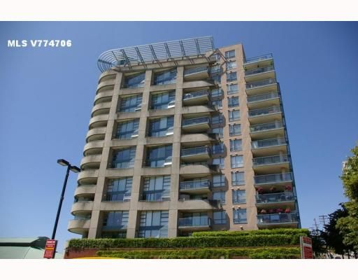 """Main Photo: 701 98 10TH Street in New_Westminster: Downtown NW Condo for sale in """"PLAZA POINTE"""" (New Westminster)  : MLS®# V774706"""