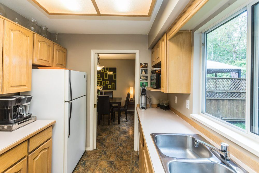 """Photo 4: Photos: 1 23151 HANEY Bypass in Maple Ridge: East Central Townhouse for sale in """"STONEHOUSE ESTATES"""" : MLS®# R2283761"""