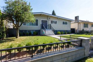Photo 1: 1730 CLIFF Avenue in Burnaby: Sperling-Duthie House for sale (Burnaby North)  : MLS®# R2497777