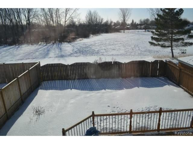 Photo 18: Photos: 10 Carriage House Road in WINNIPEG: St Vital Residential for sale (South East Winnipeg)  : MLS®# 1504404