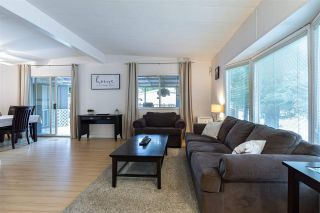 Photo 4: 1820 SALTON Road in Abbotsford: Central Abbotsford Manufactured Home for sale : MLS®# R2512143