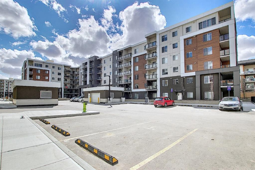 Main Photo: 3420 4641 128 Avenue NE in Calgary: Skyview Ranch Apartment for sale : MLS®# A1106326