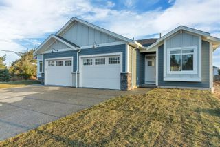 Photo 1: 37 200 Nikola Rd in : CR Campbell River West Row/Townhouse for sale (Campbell River)  : MLS®# 855984